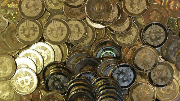 Bitcoin's Price Falls Below $10K Amid Wider Crypto Drop